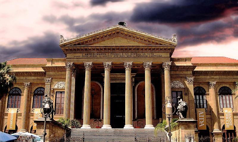 Italian theater
