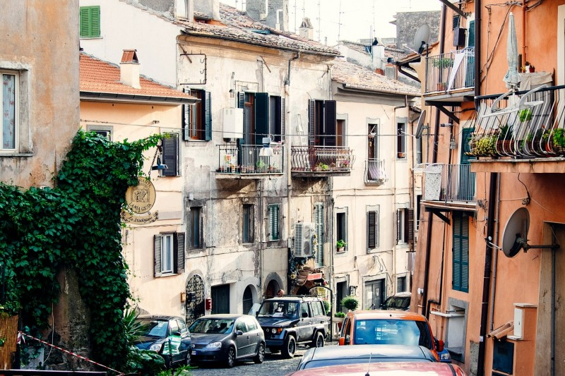 driving in italy