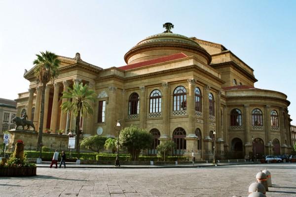 Teatro Massimo, Palermo (credits: Winimedia - Bernhard J. Scheuvens aka Bjs)