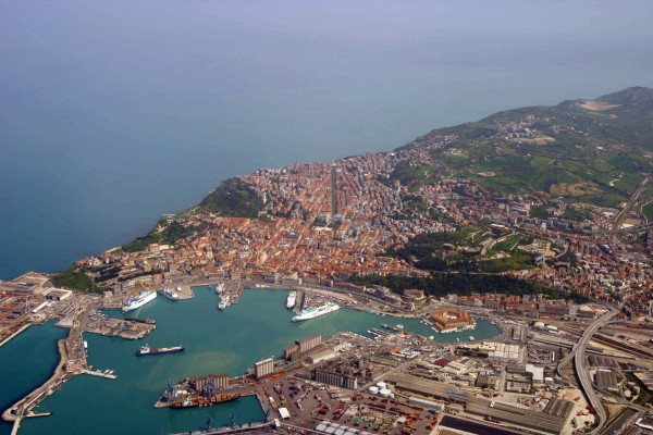 Ancona is Le Marche's capital (credits: Wikicommons)
