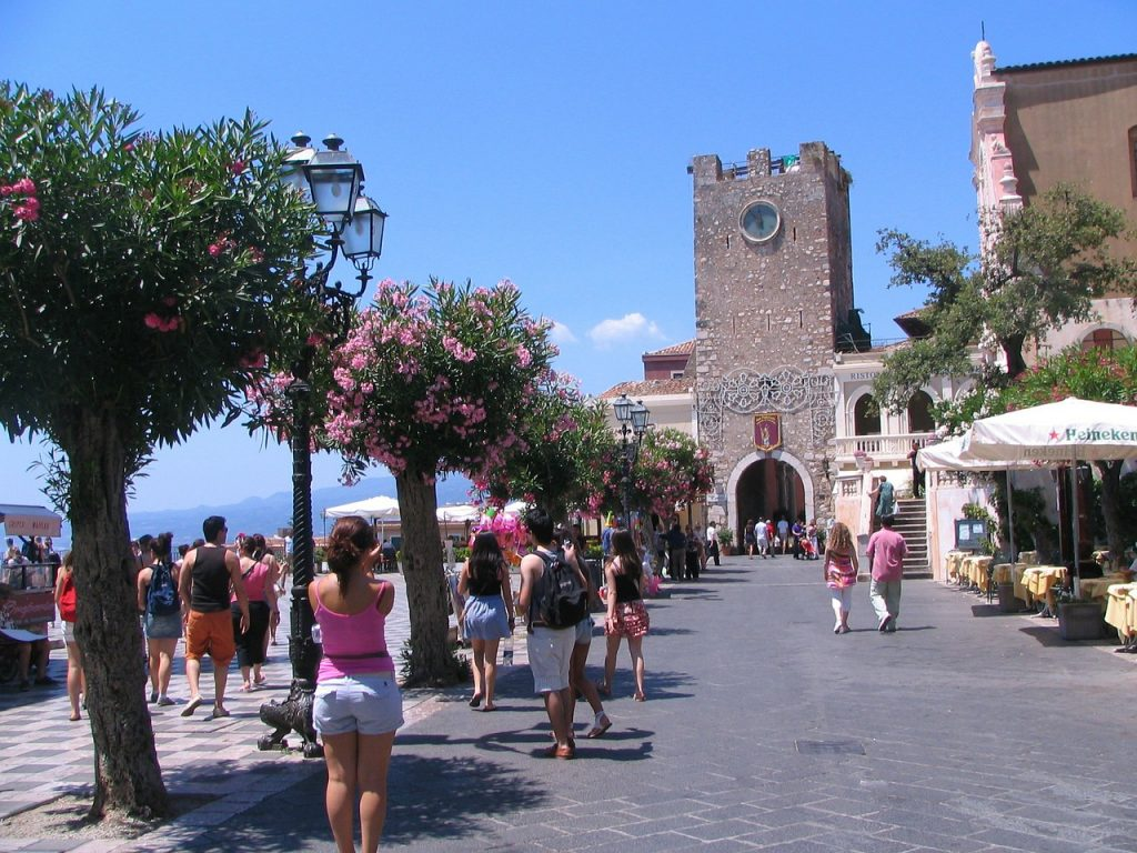 summer festivals in italy