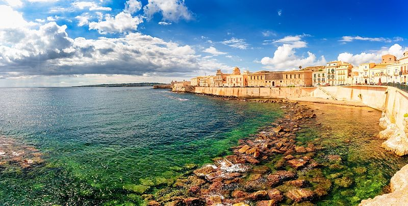 along_the_island_of_ortigia