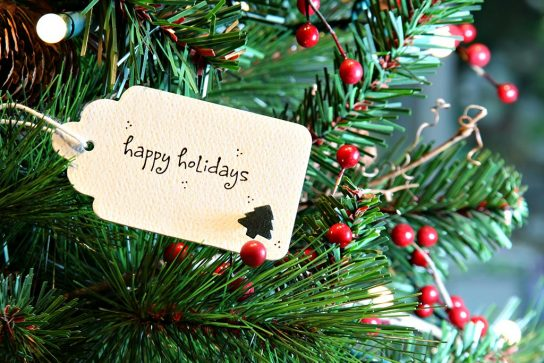 How to Say Merry Christmas in Italian and Other Phrases for the Holidays