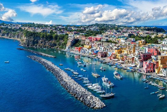 8 Italian Islands You'll Want To Visit