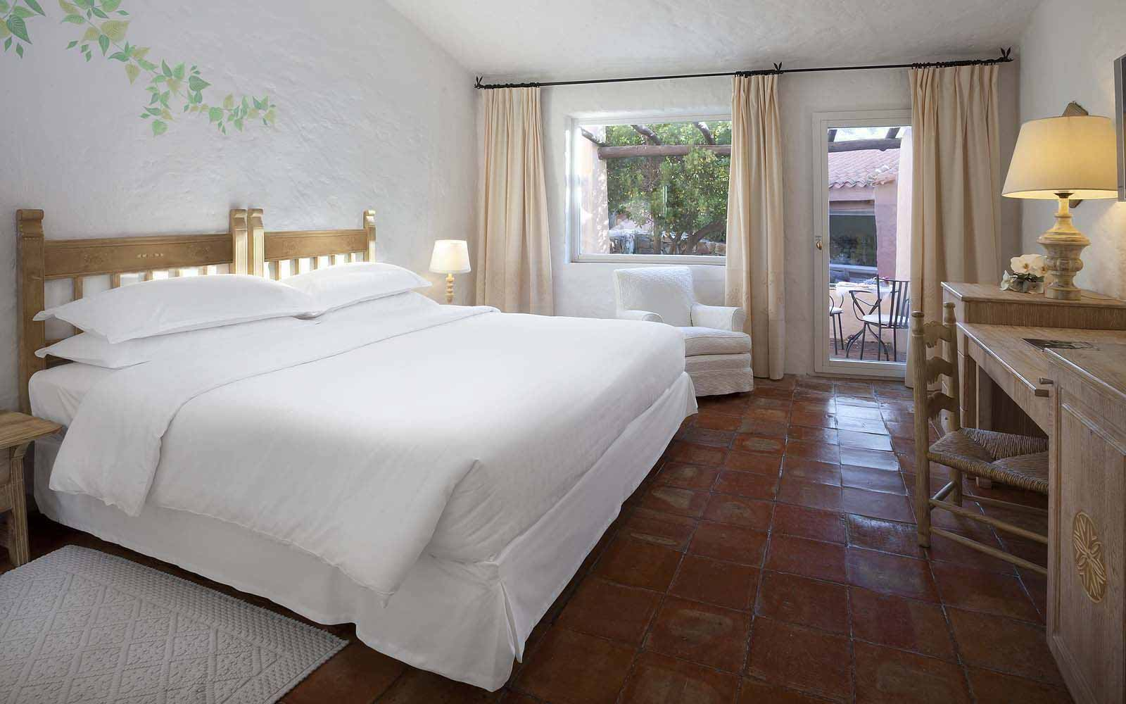 A Classic Room at the Hotel Cervo