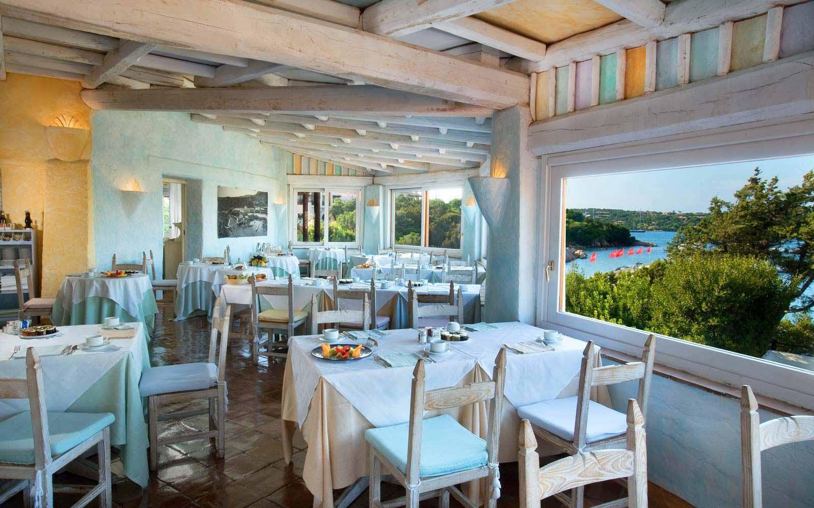 Breakfast room at Cervo Hotel