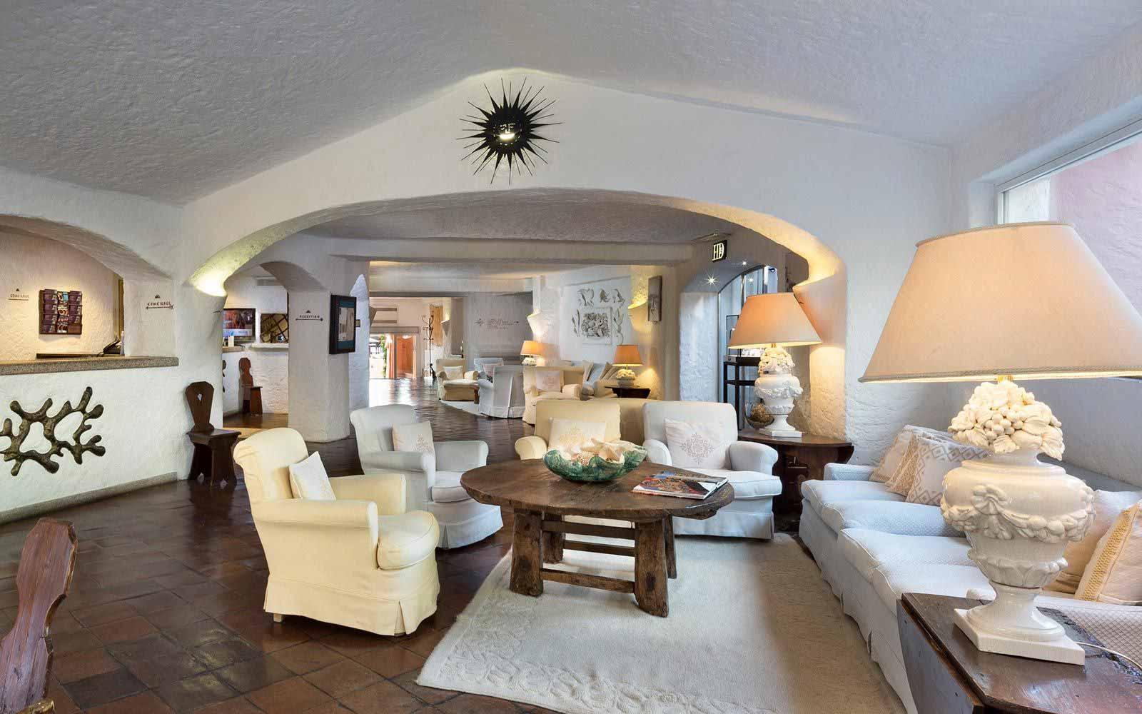 Lounge at Cervo Hotel