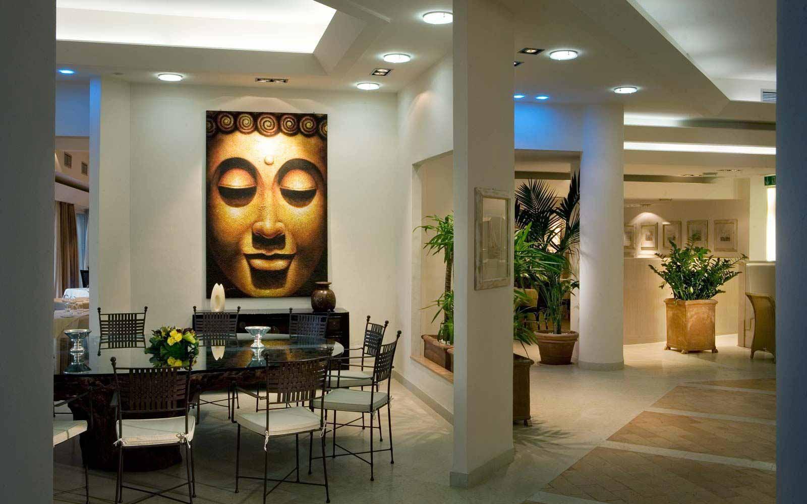 Lunaria lounge at L'Ea Bianca Luxury Resort