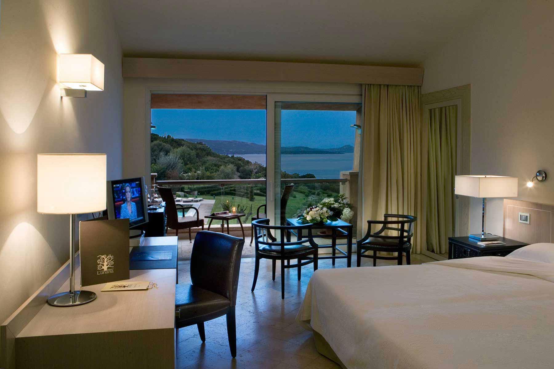 Deluxe room at L'Ea Bianca Luxury Resort