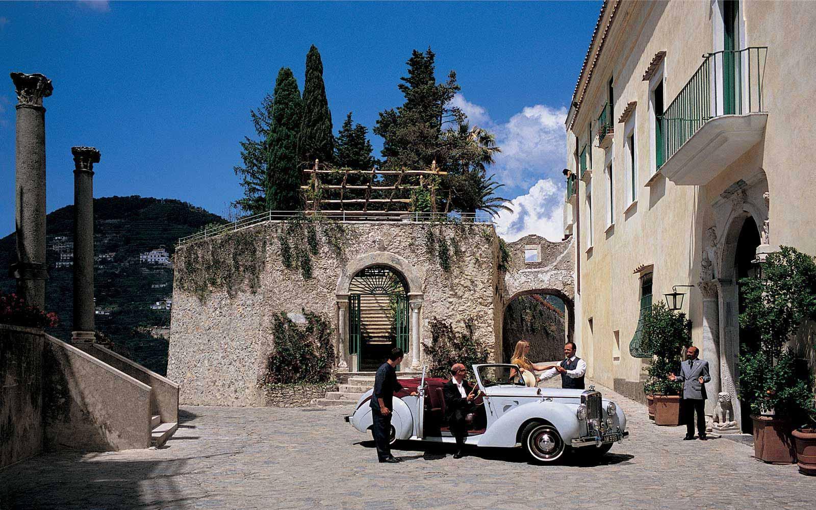 Entrance to Belmond Hotel Caruso