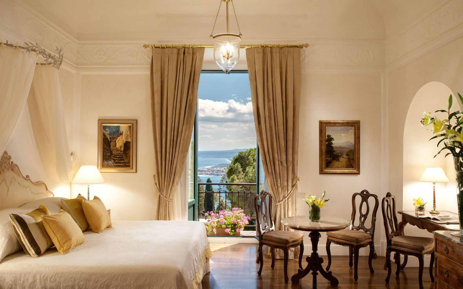 Superior Junior Suite at Grand Hotel Timeo