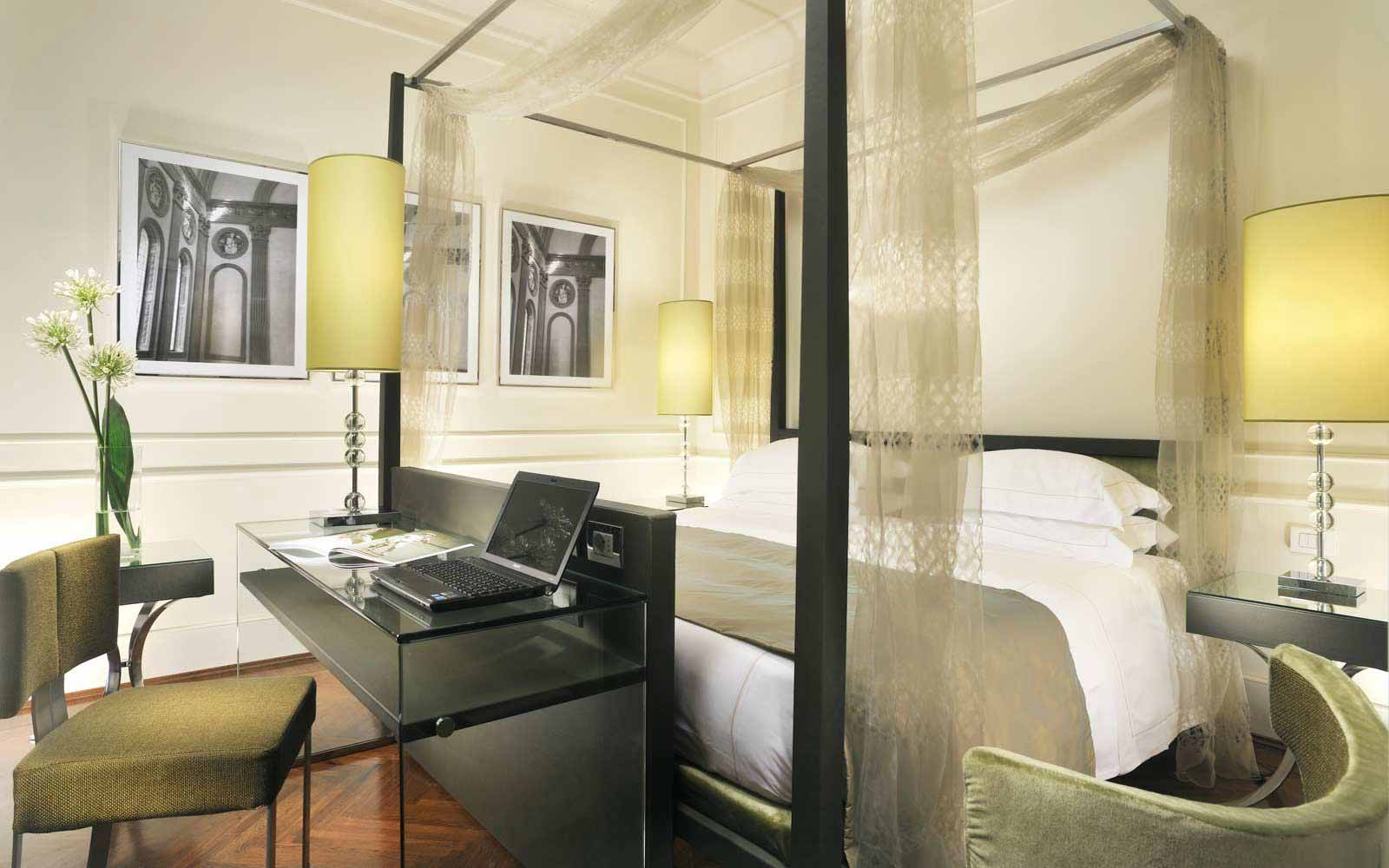 Junior suite at Hotel Brunelleschi