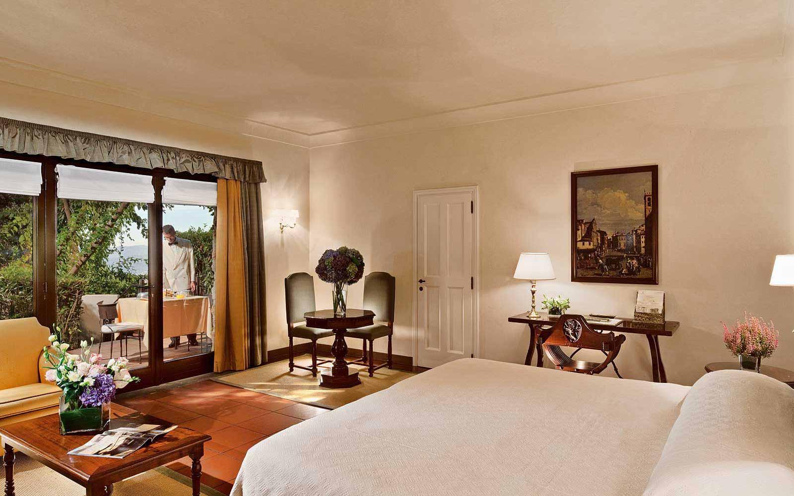 Deluxe Junior Suite at Belmond Villa San Michele