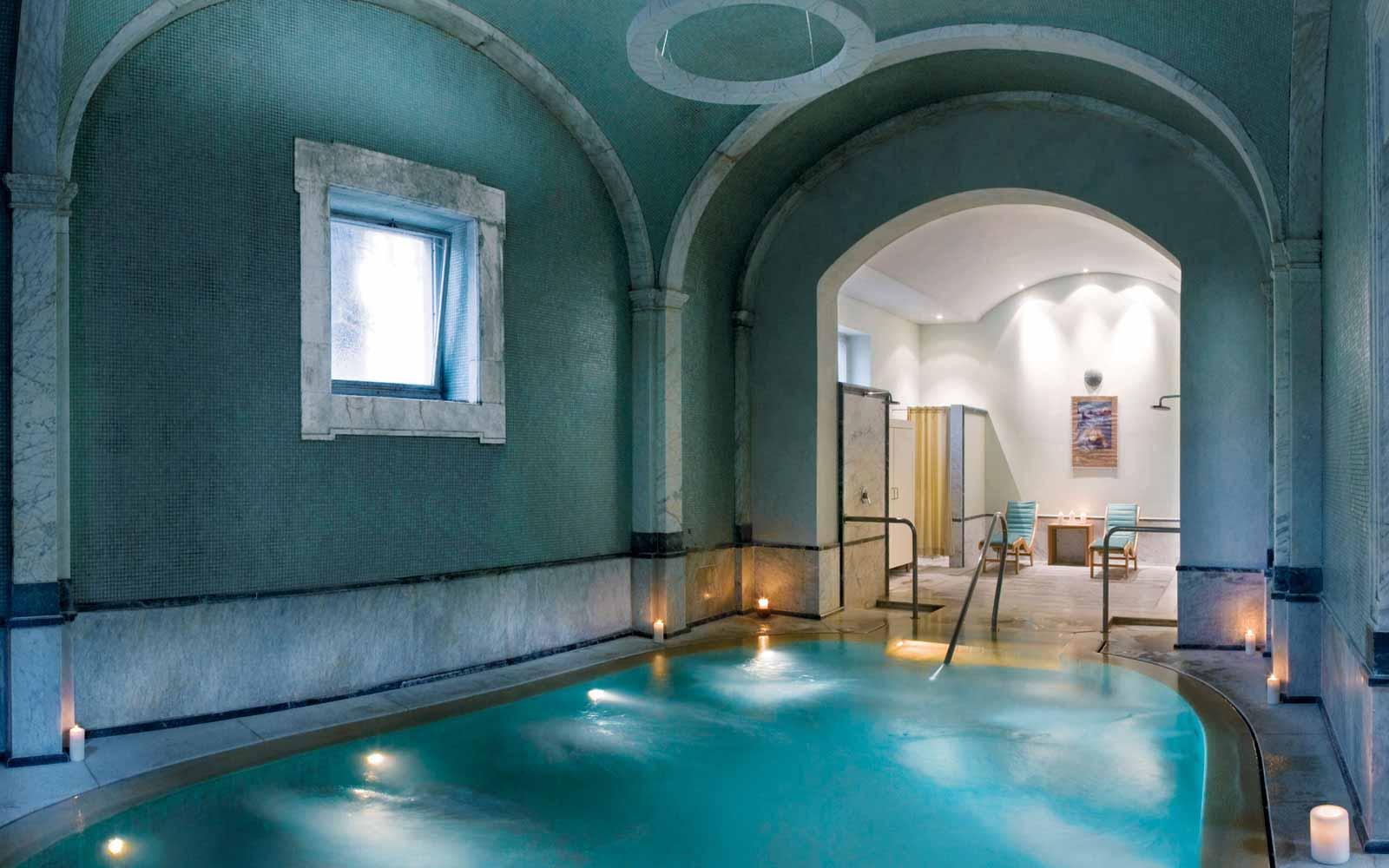 Bagni di Pisa Natural Spa indoor Thermal pool