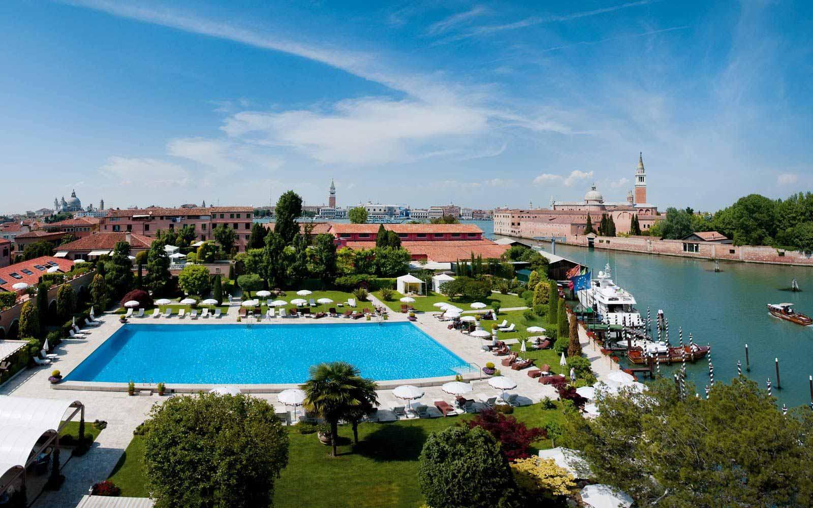 Pool at Belmond Hotel Cipriani
