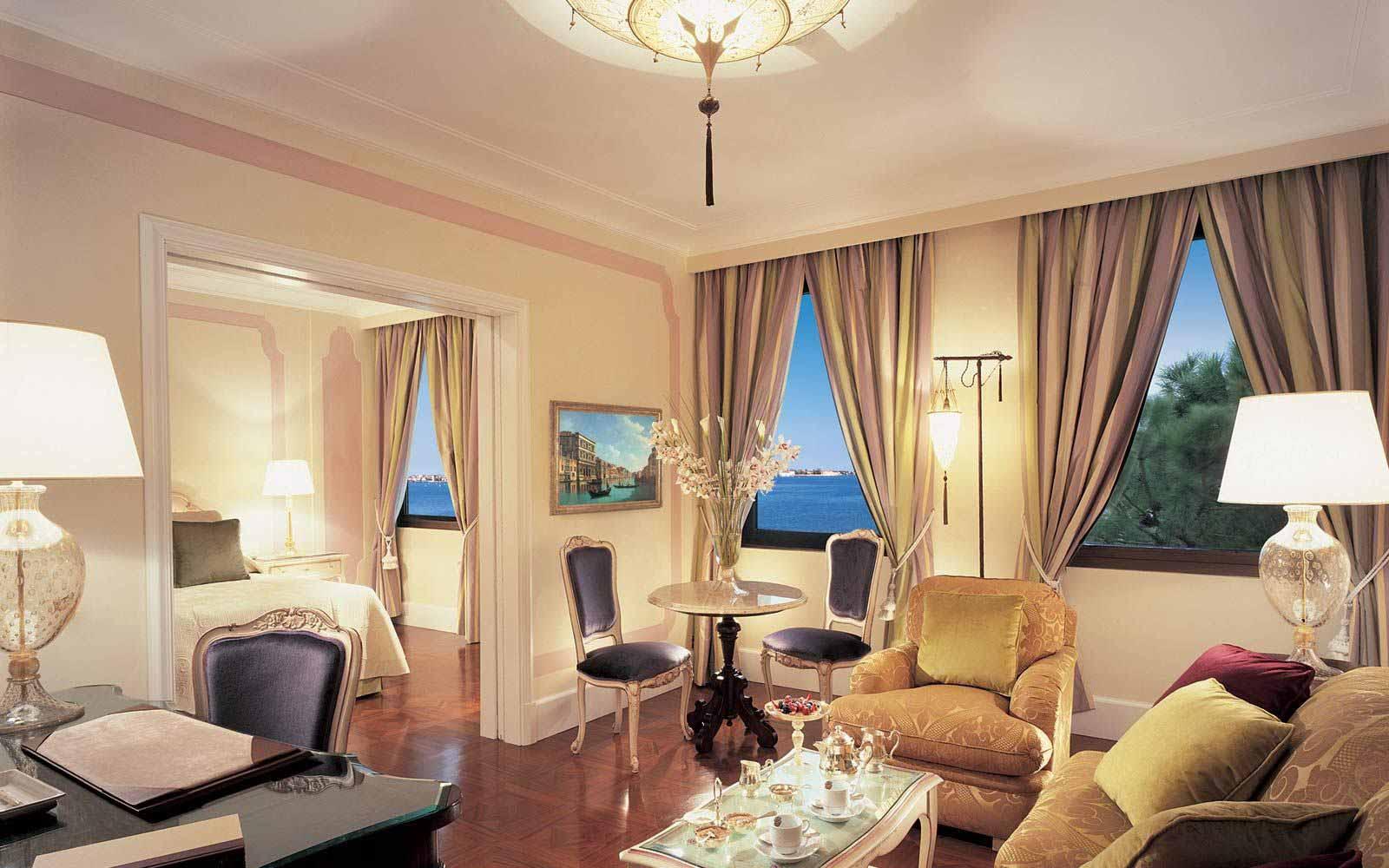 Suite at Belmond Hotel Cipriani