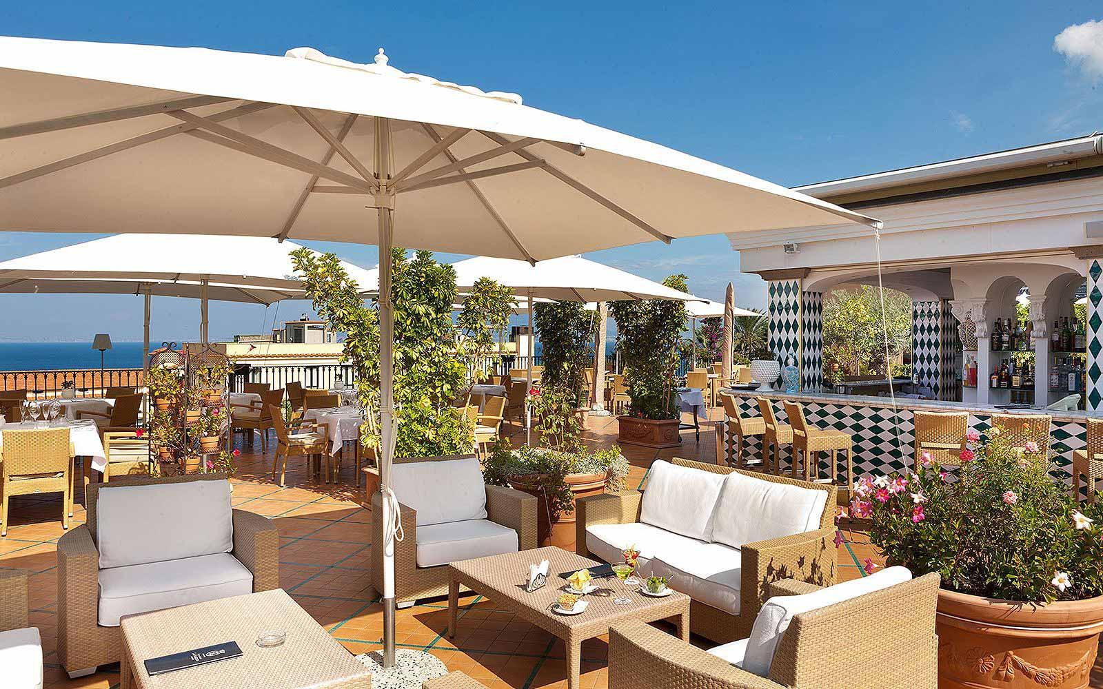 Bellavista snack terrace at the Grand Hotel La Favorita