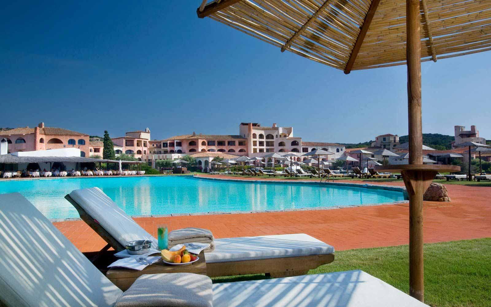 Pool at Hotel Cala Di Volpe