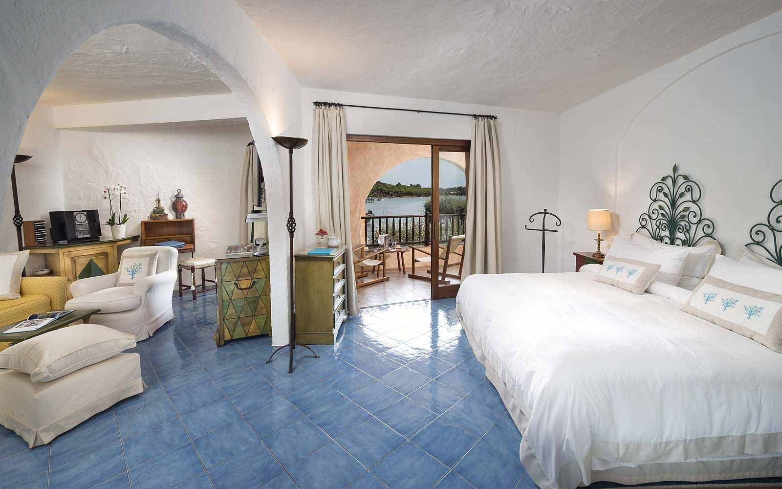 A Deluxe Suite at the Cala di Volpe