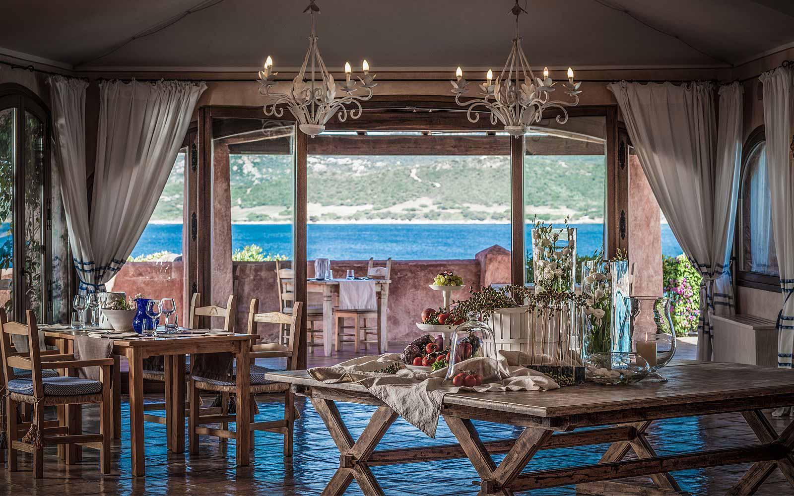 Restaurants inside at Hotel Relais Villa Del Golfo & Spa