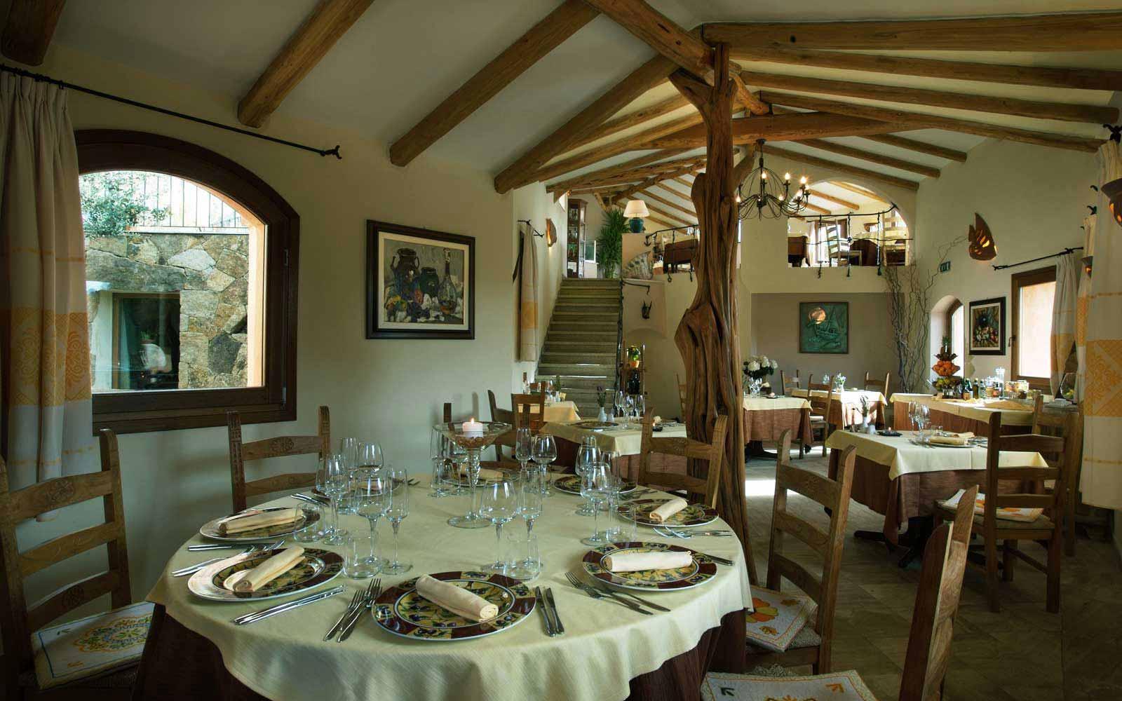 Restaurant at Hotel Arathena
