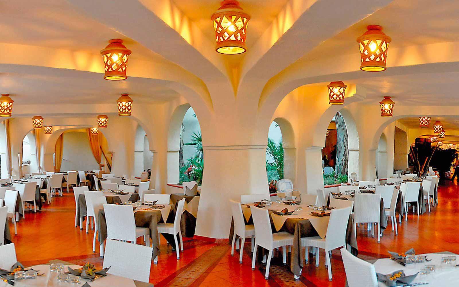 Sa Gana restaurant at Arbatax Park Resort - Hotel Cottage