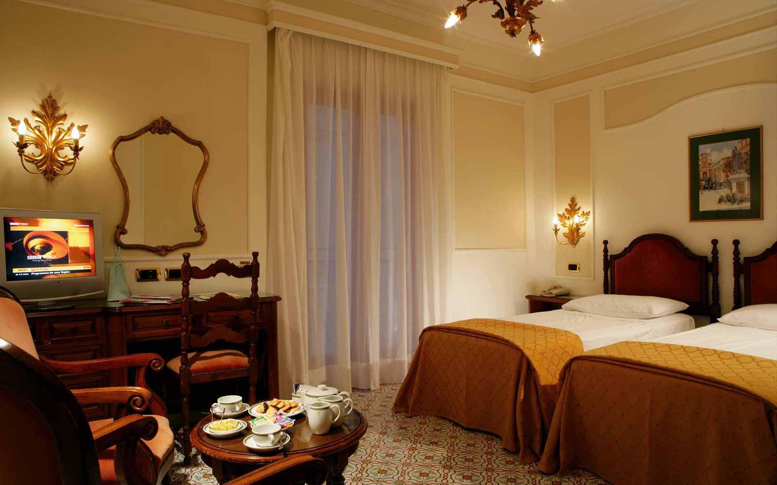 Double Room with a Balcony at Grand Hotel de la Ville