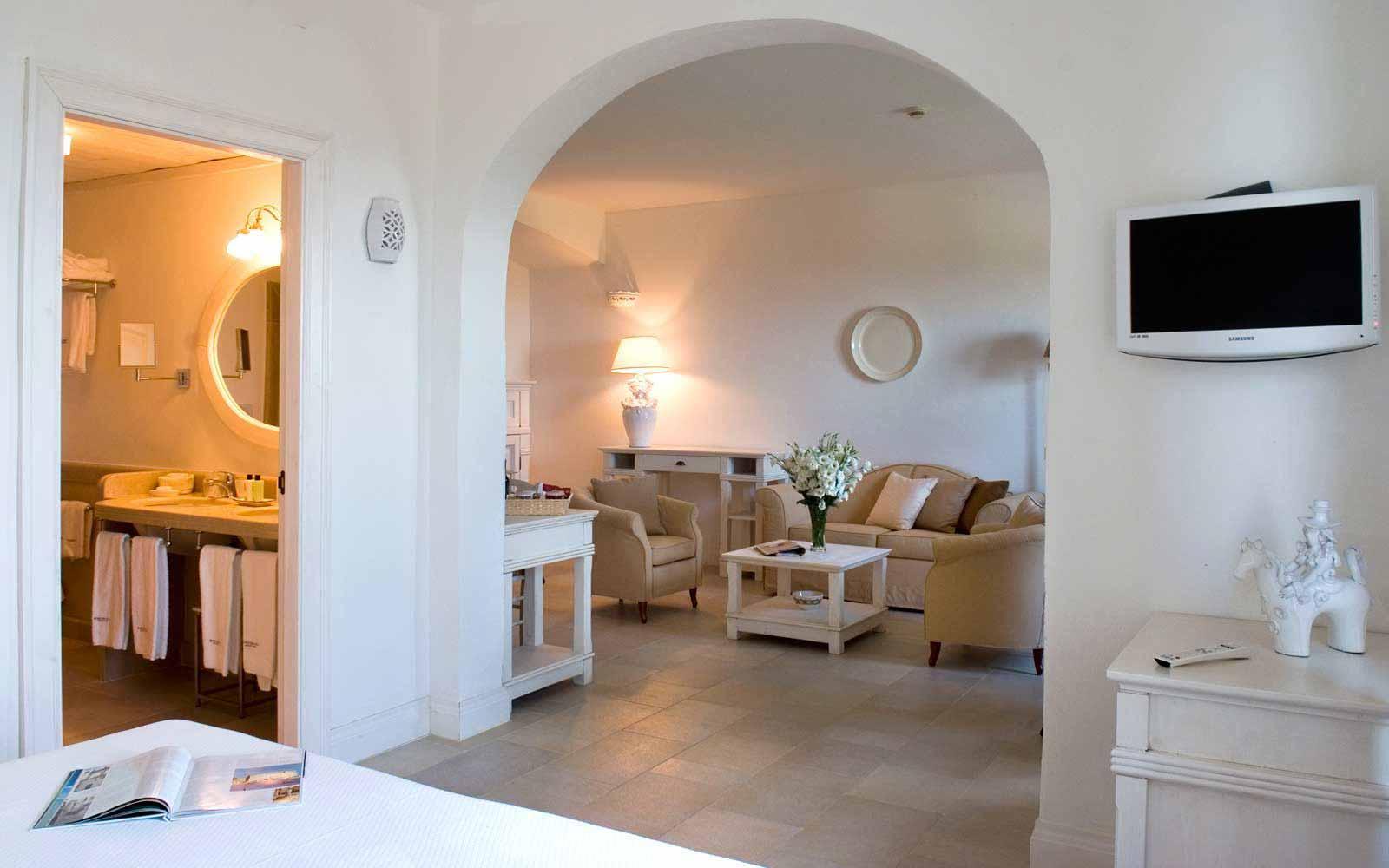 Suite at Borgobianco Resort & Spa