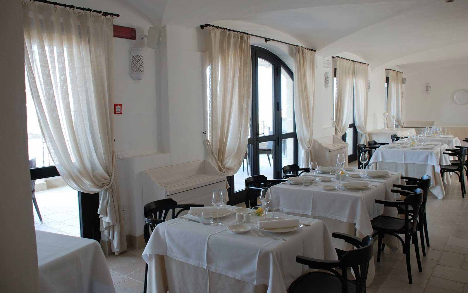 Brealfast room at Borgobianco Resort & Spa