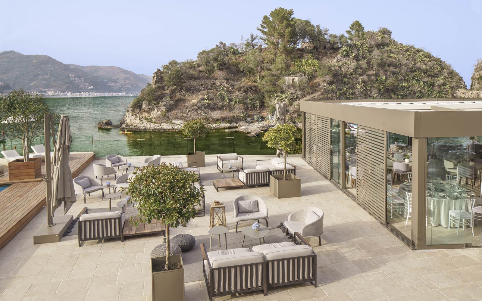 Dioniso Bar Terrace at Grand Hotel Atlantis Bay