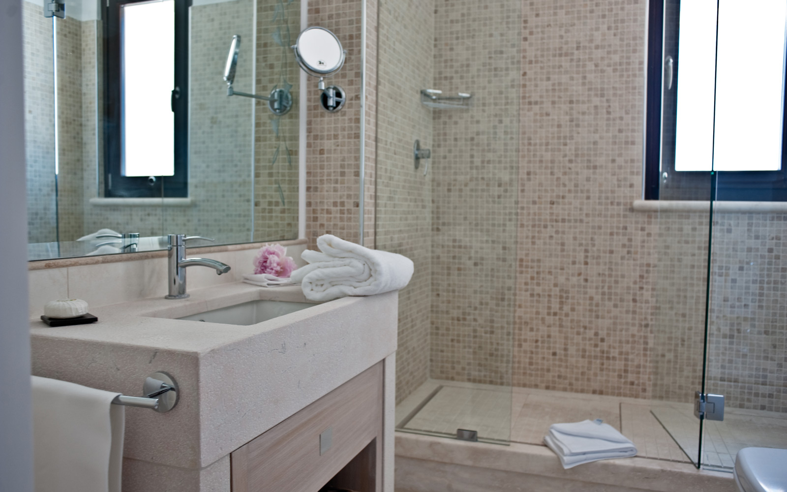 Canne Bianche Junior Suite Bathroom