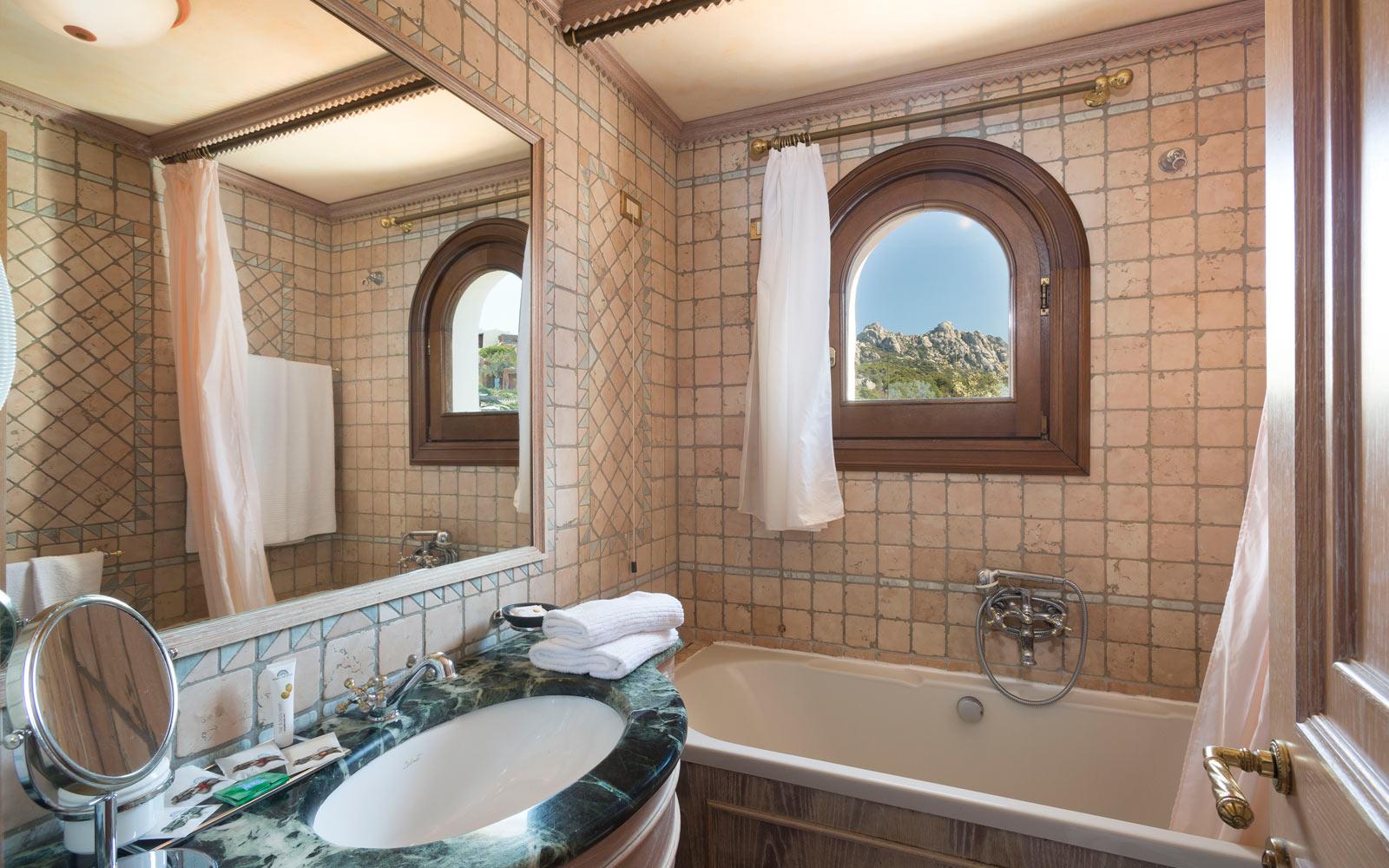 Bathroom Suite at Le Palme