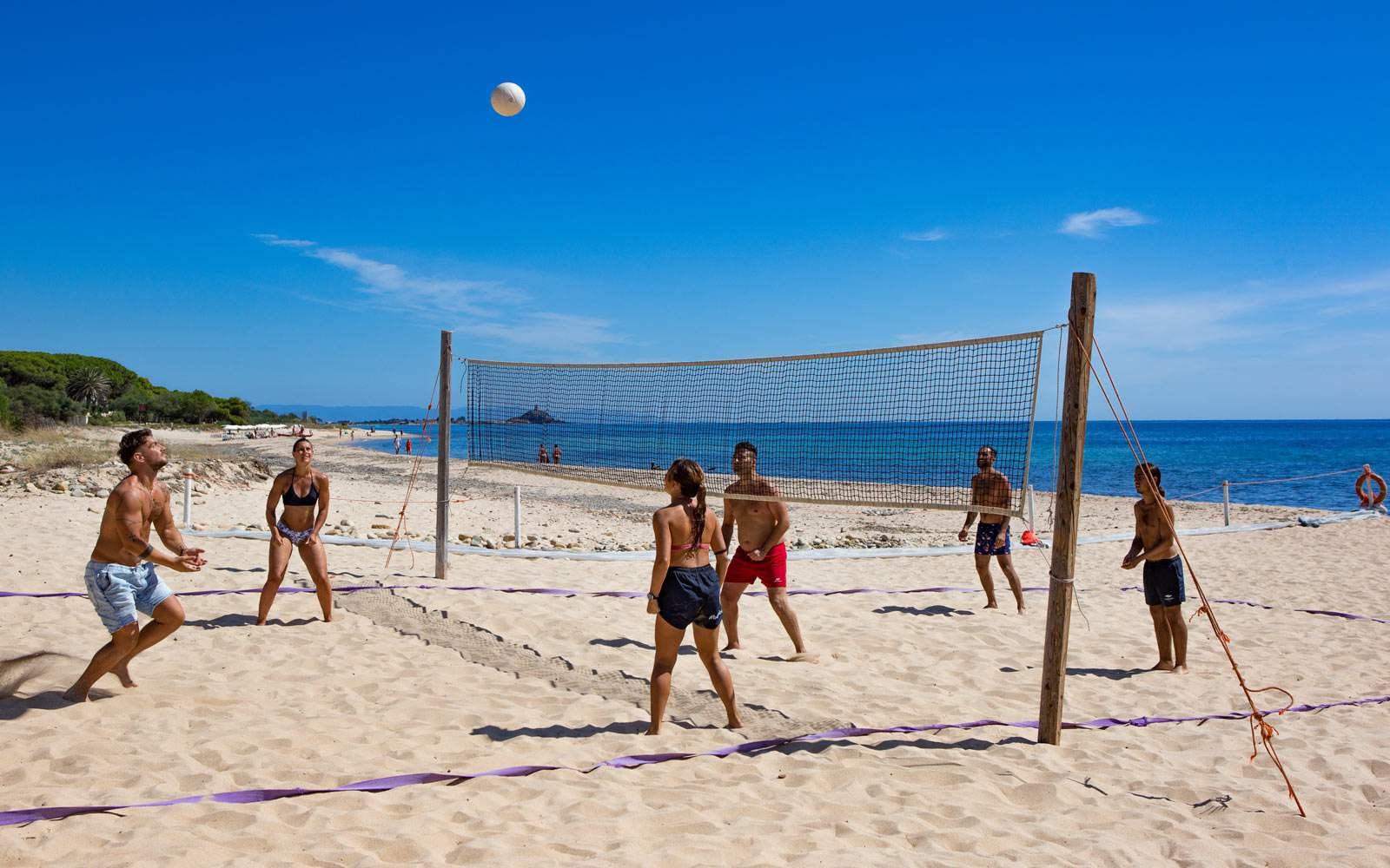 Hotel Flamingo Beach Volleyball