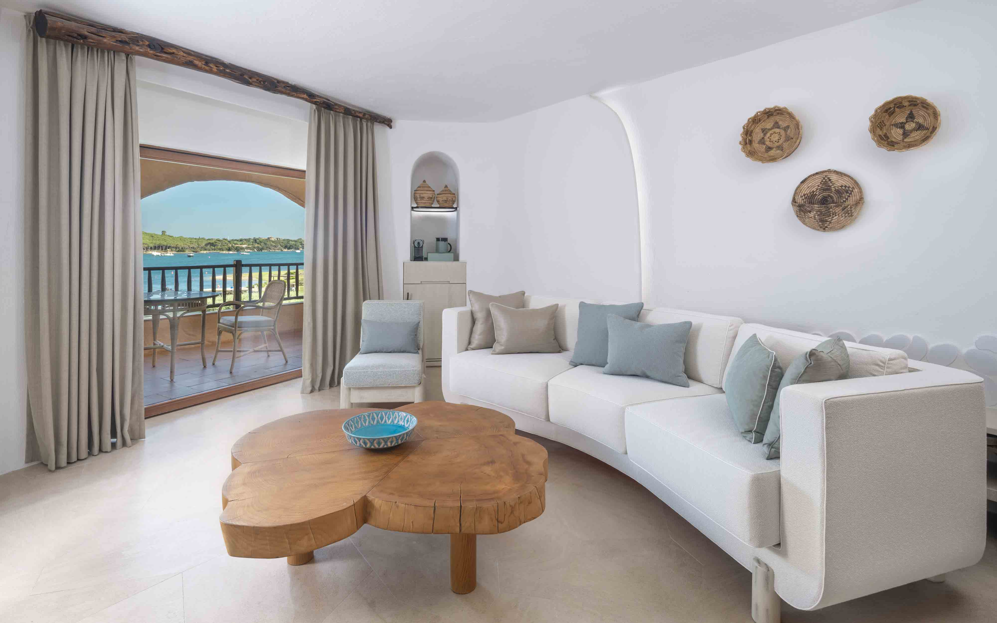 Hotel Cala Di Volpe  Luxury Suite Living Room