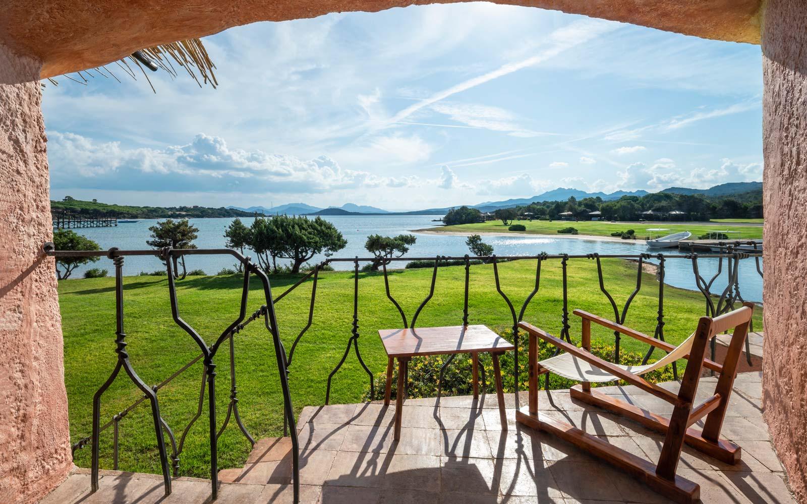 Hotel Cala Di Volpe  Heritage Premium Guest Balcony