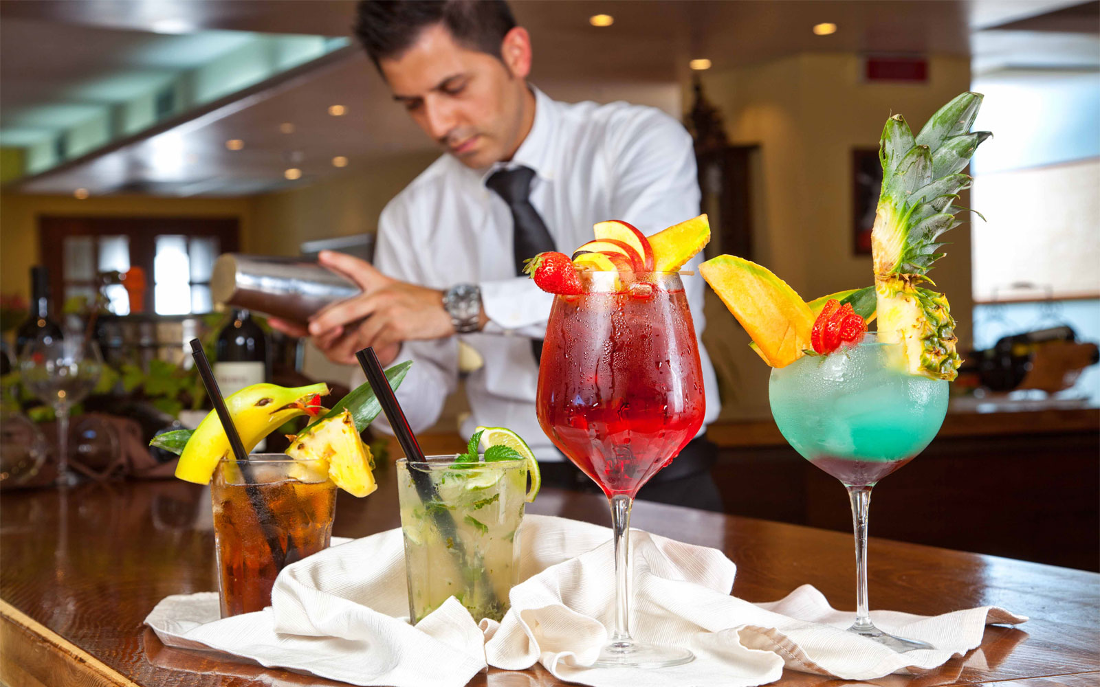 Cocktails at Hotel La Funtana