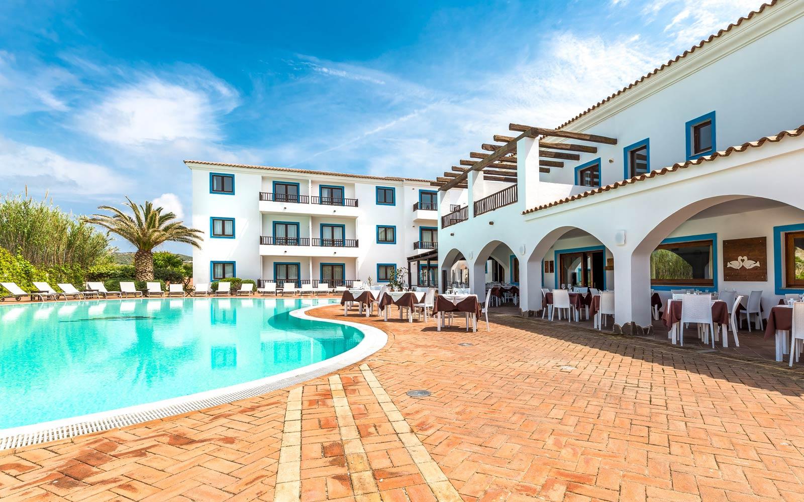 Swimming Pool at Hotel La Funtana