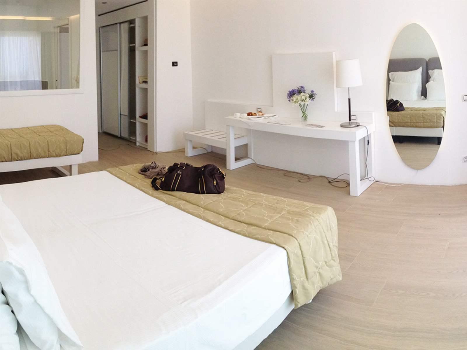 Infinity Resort & Spa: room / property / locale photo. Image 3