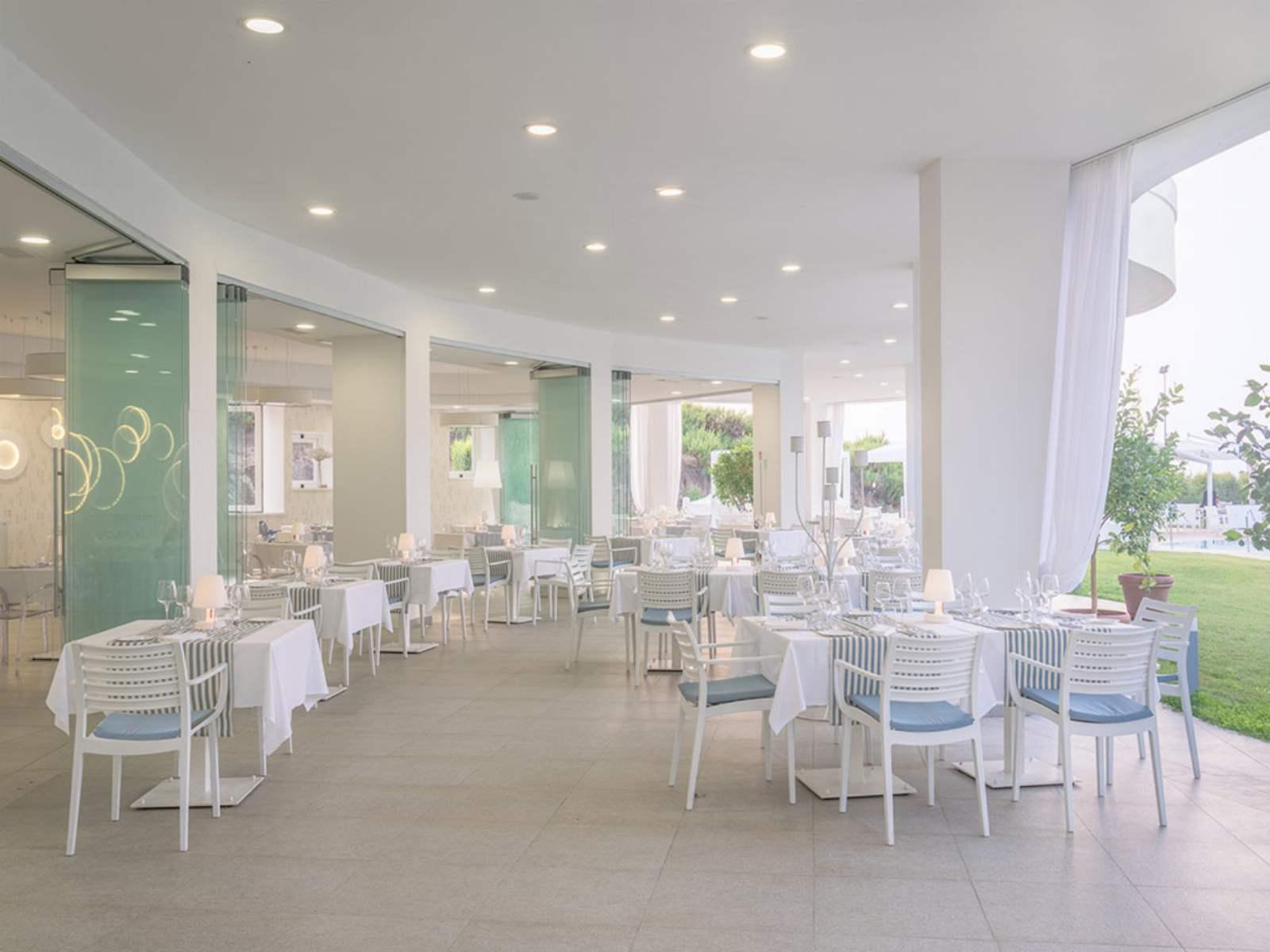 Infinity Resort & Spa: room / property / locale photo. Image 9