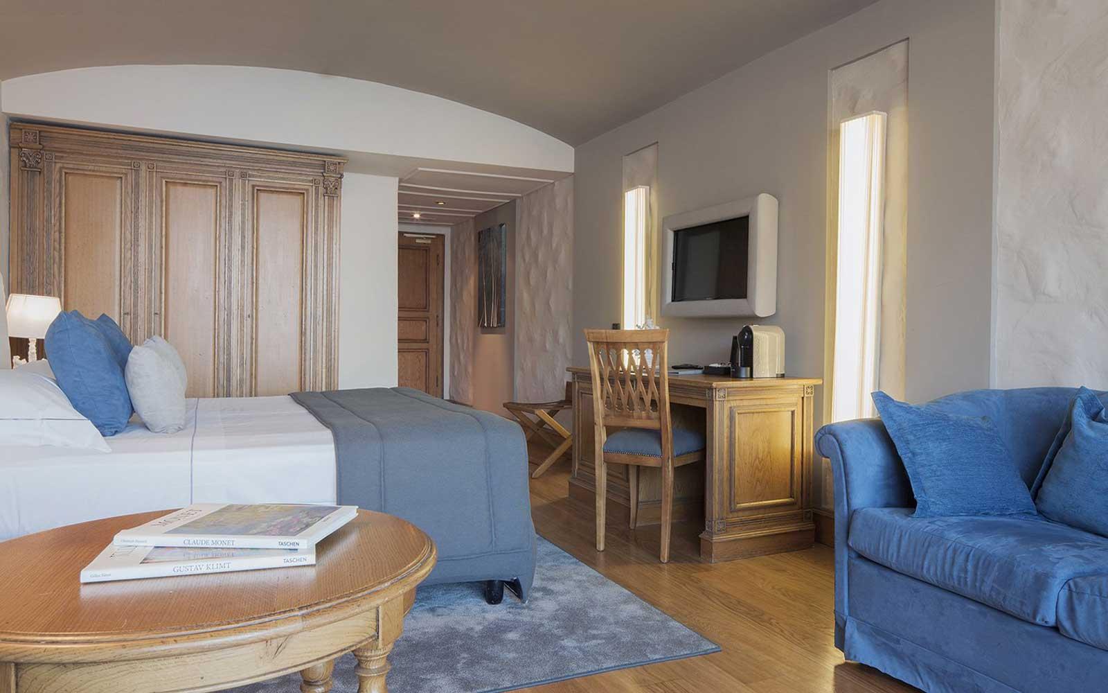 Junior Suite at Grand Hotel Mazzaro Sea Palace