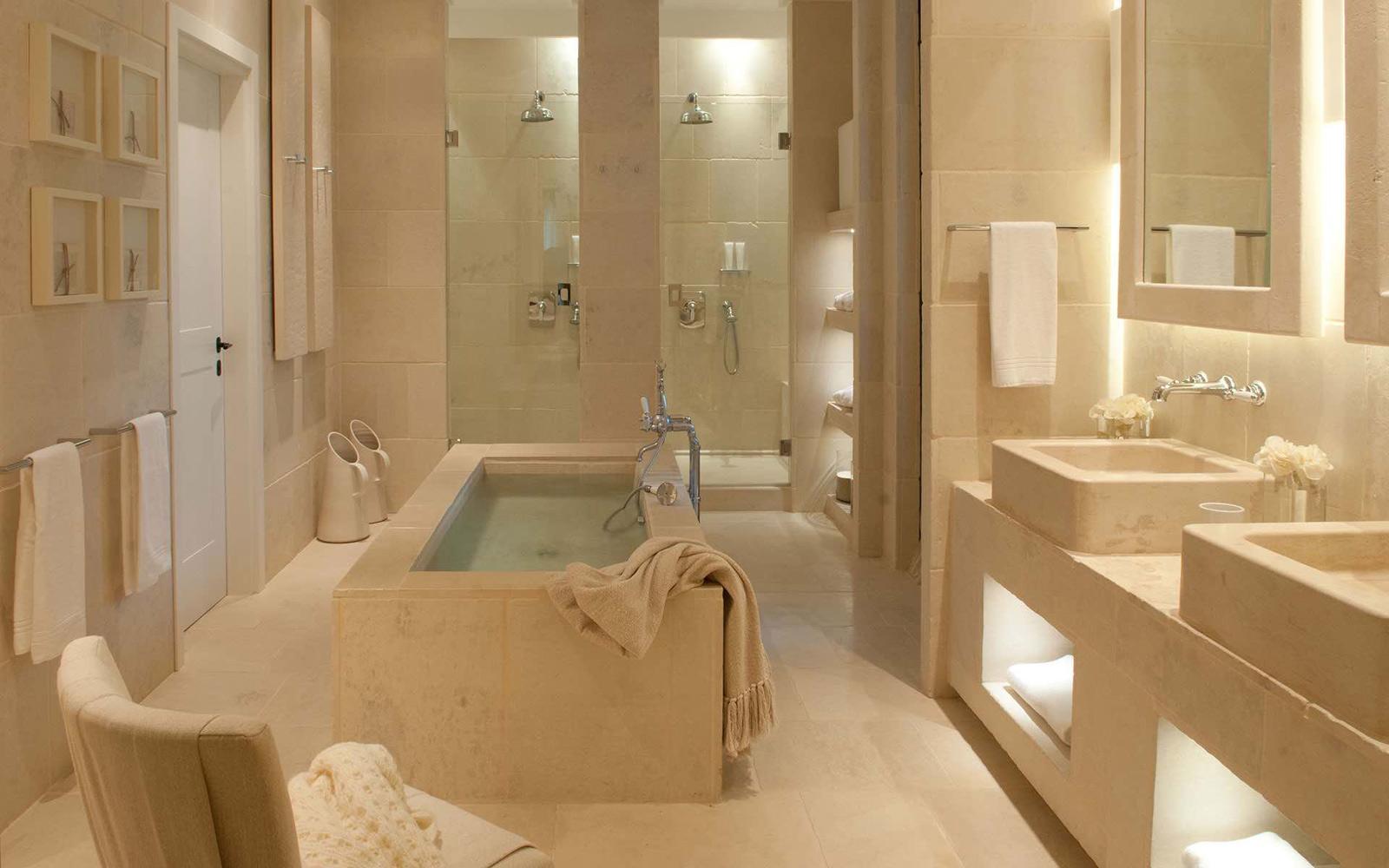 Suite La Egnazia - Bathroom