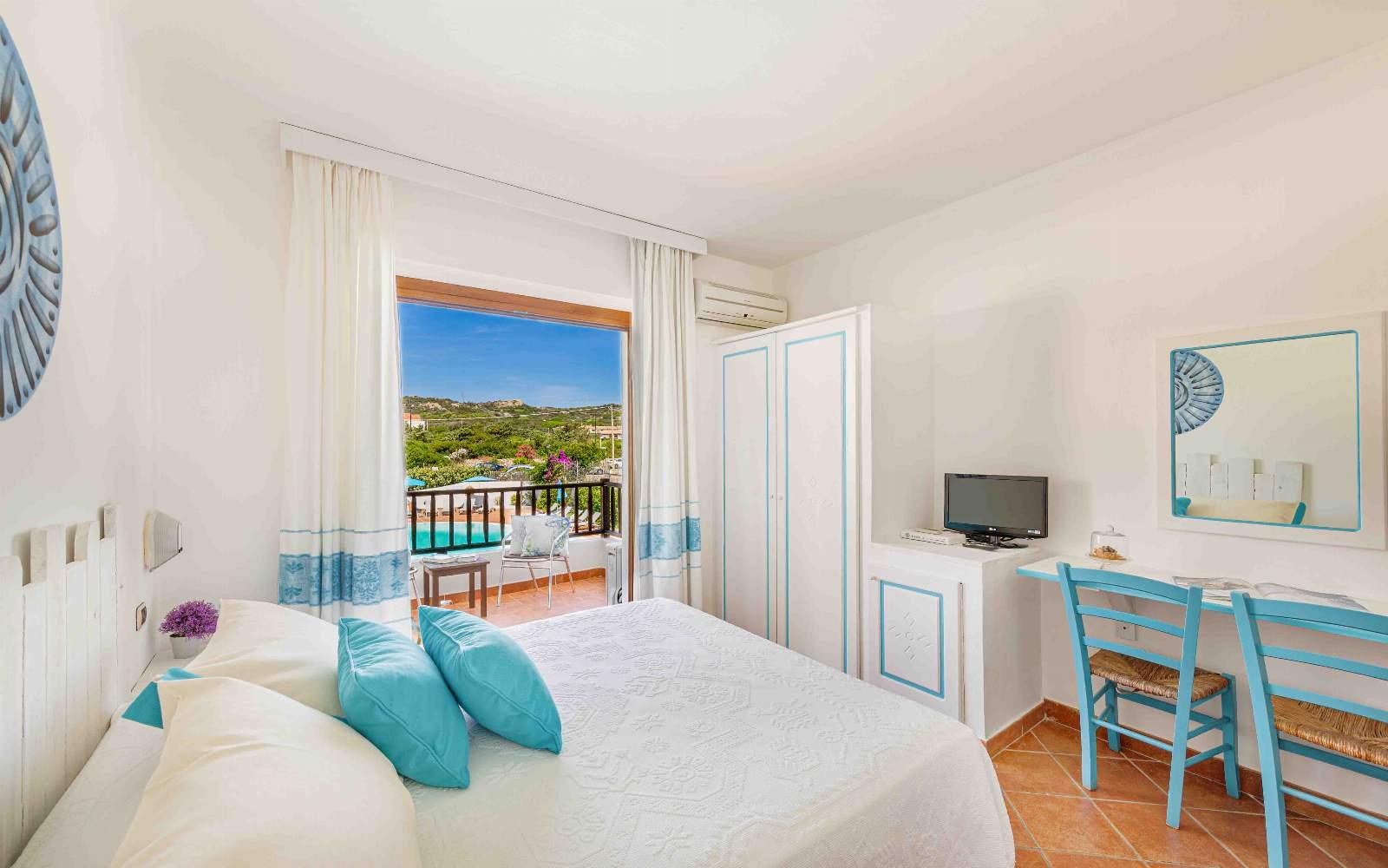Hotel La Funtana Superior Pool Balcony Room