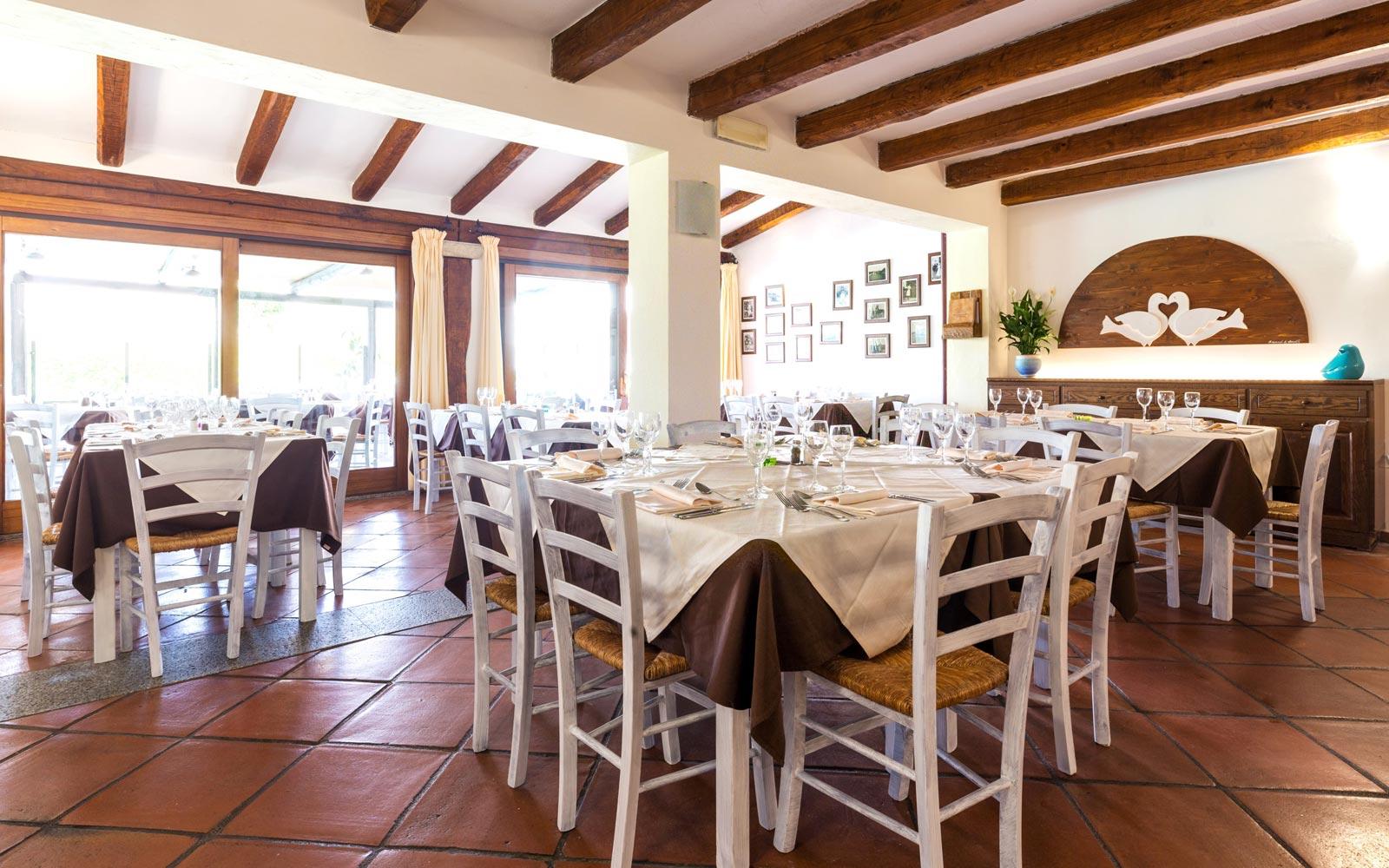 Restaurant at Hotel La Funtana