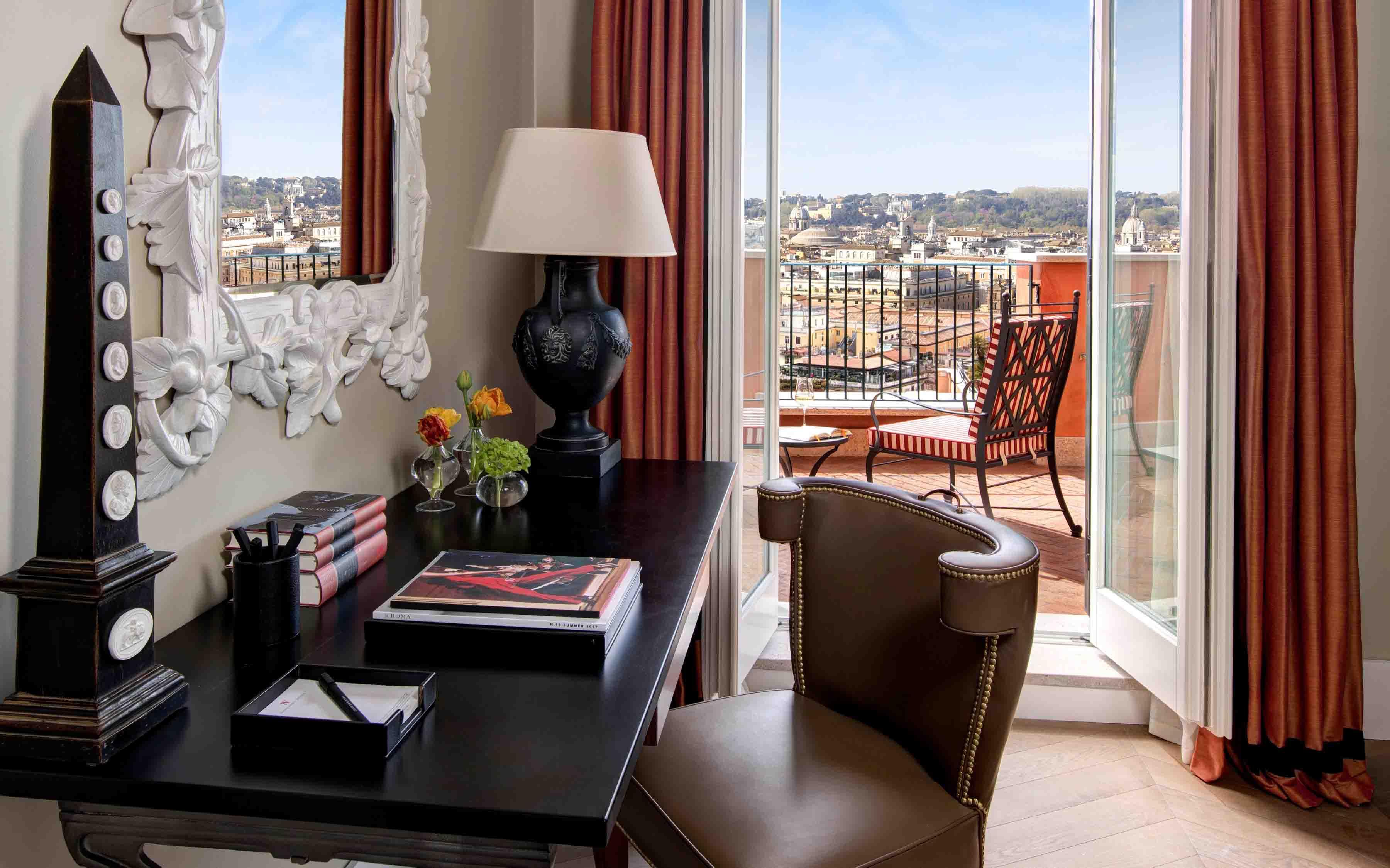 Hotel de la Ville Roma Suite