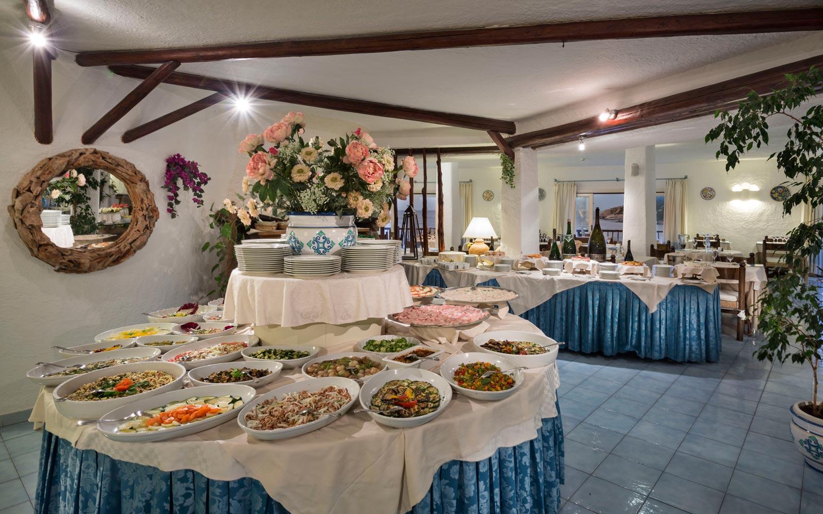 Bouganville Restaurant - Club Hotel
