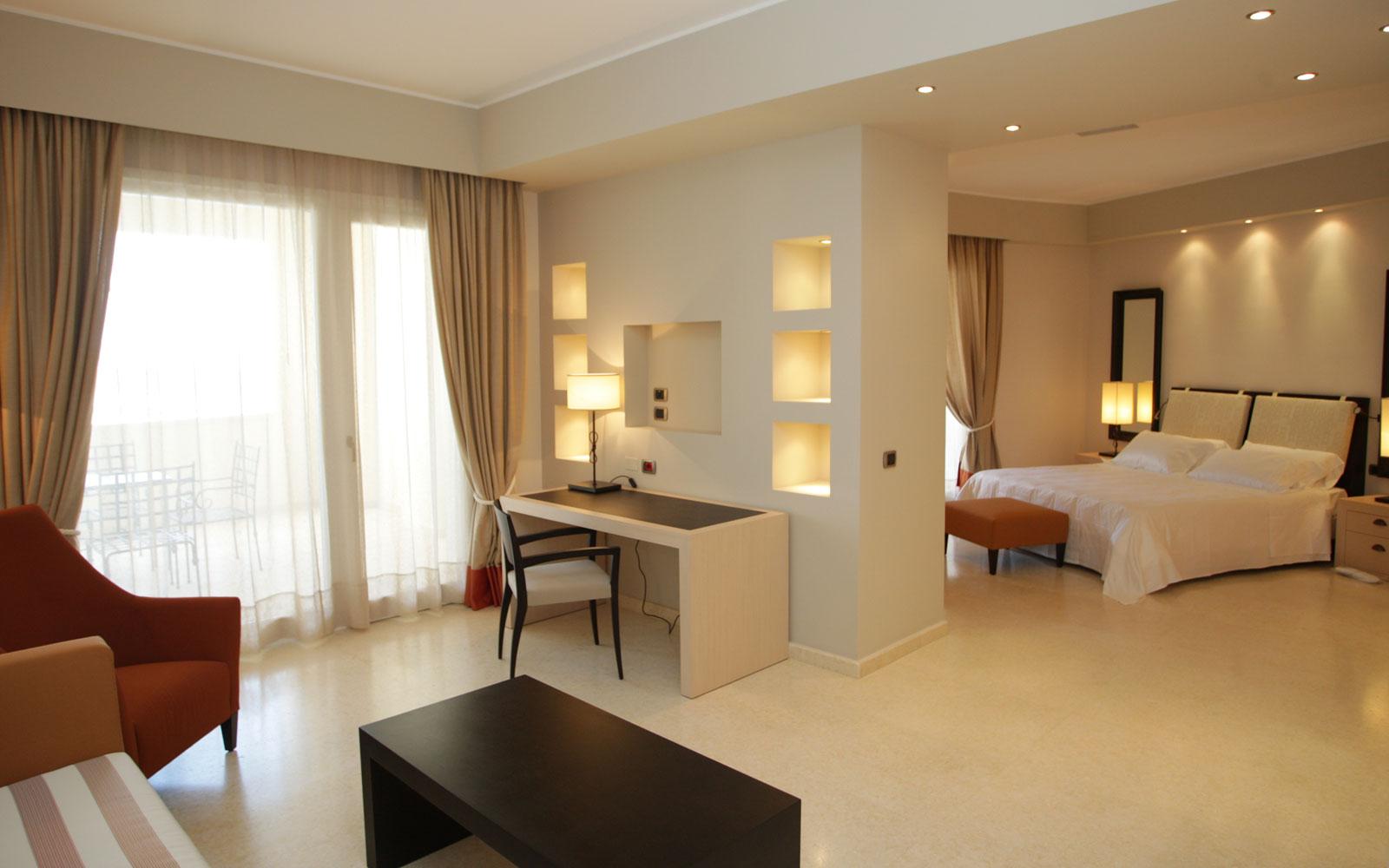 Hotel Marinagri Suite