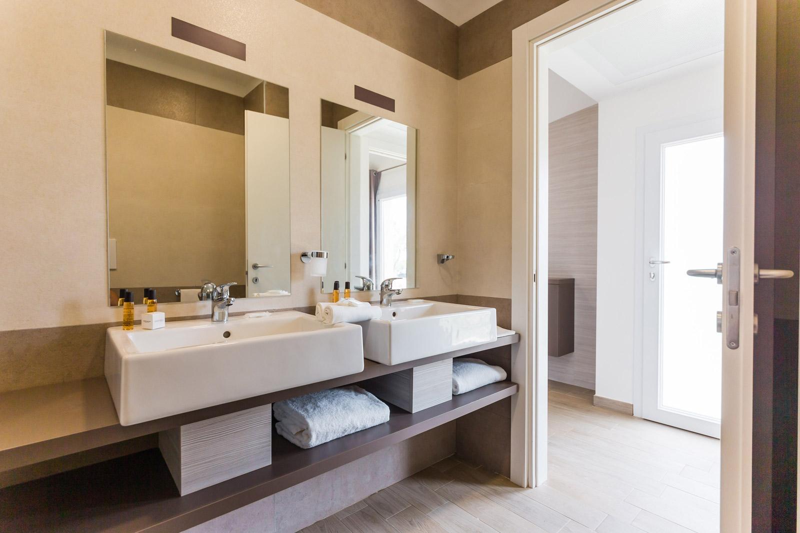 Suite Bathroom Torre Cintola